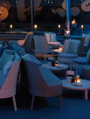 Bessy Lounge bei Nacht Hafenwerk