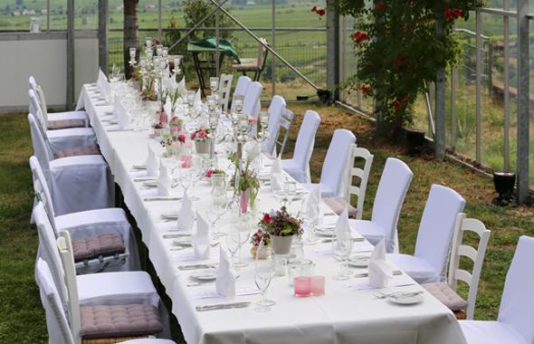 Bistrostuhl Juist an einer Hochzeitstafel Outdoor Hafenwerk