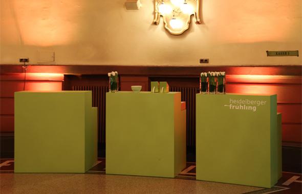 Counter HDF grün – Bars, Buffet & Empfang Hafenwerk
