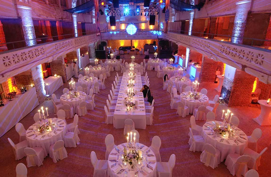 Gala in einem stimmungsvollen Saal