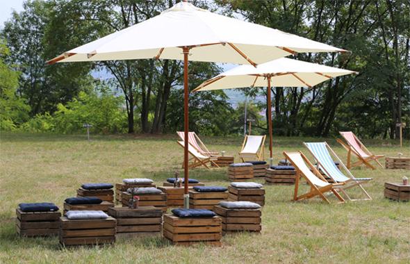 Kisten Lounge mit Kissen Outdoor Hafenwerk
