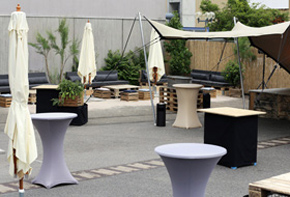 Outdoor Bar und Lounge Dekoration Off Locations Hafenwerk