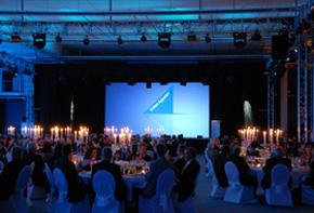 Abendveranstaltung – Firmenevents Dekoration Hafenwerk