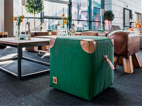Hafenwerk eventdesign Sports Bar Retro Mobiliar Dekoration