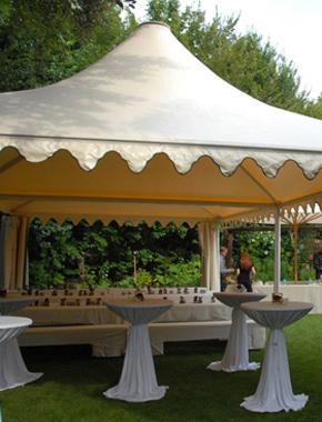 Zelt mit Spitzdach Outdoor Hafenwerk