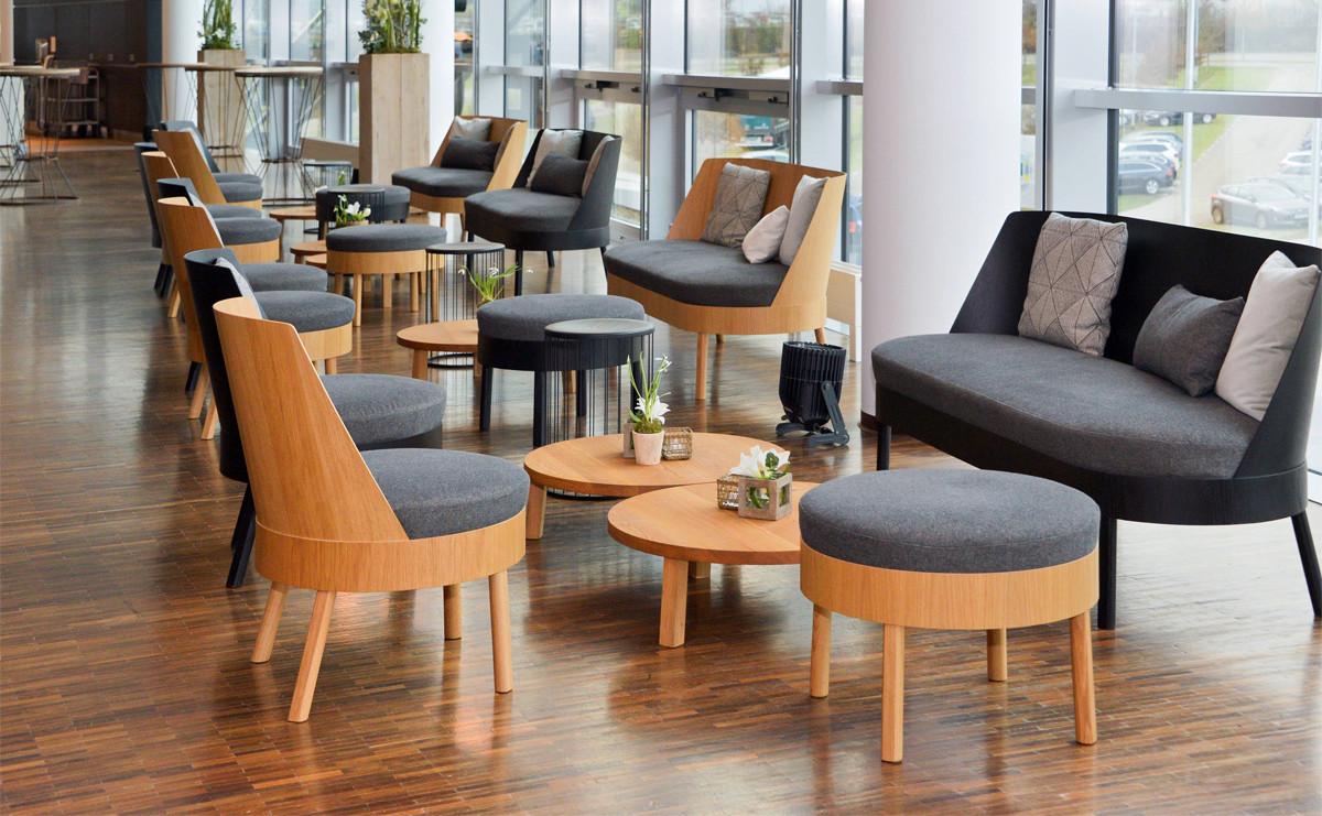 Bessy Lounge – schlicht und edel mit austauschbaren Elementen